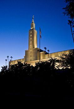 Los Angeles Temple - http://www.everythingmormon.com/los-angeles-temple-8/  #mormonproducts #LDS #mormonlife