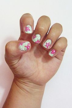 You don't have to fly to a tropical destination for a snorkeling excursion to get a glimpse of the beauty in the sea. With this nail art tutorial, it's easy to paint your favorite underwater scenes, such as coral and starfish, right on your nails. Here's how to get these fun-loving summer nails.