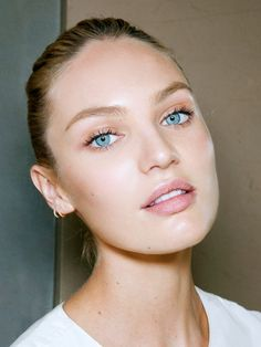 Candice Swanepoel's complexion is radiant and glowing // #Skin #Eyes