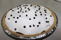Chocolate Pudding Pie http://thechiccountrygirl.blogspot.com/2013/06/30-day-snap-day-15-my-grandmas.html