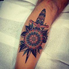 by Kirk Jones - dagger tattoos - adaga tattoo - old school style - old tradicional tattoos