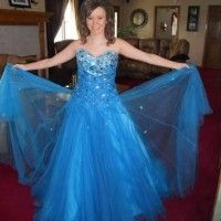Great price for a great Tony Bowls dress on promagain.com #promagain #prom #formal #dress #buy #sell #resale #cheap #used