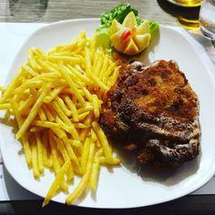 Big Cordon bleu Cordon Bleu, Steak, Big, Food, Eten, Steaks, Meals, Beef, Diet