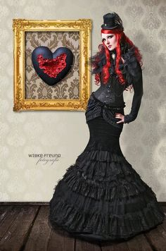 Excellent neo-Victorian Goth girl and related heart image