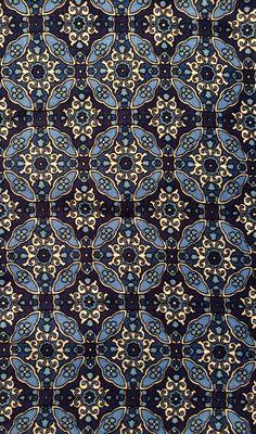 | Foulard pattern |