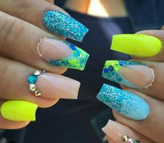 Blue And Green Nail Designs Idea neon green and blue nails blaue ngel neon ngel und Blue And Green Nail Designs. Here is Blue And Green Nail Designs Idea for you. Blue And Green Nail Designs pin brianna brackelsberg on nails in 2019 n. Neon Nails, Glitter Nails, My Nails, Nails 2017, Rave Nails, Neon Yellow Nails, Pastel Nails, Pastel Yellow, Bling Nails
