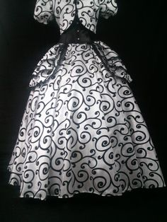 Timeless Taffeta Circle Skirt Black and by DelightfullyDeviant, $60.00