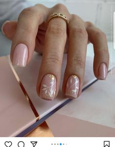 Short Nail Manicure, Pink Manicure, Short Nails, Sassy Nails, Trendy Nails, Cute Nail Art, Cute Nails, Natural Nail Art, Minimalist Nails
