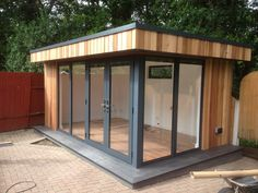 Home studio music small sheds 43 ideas Backyard Office, Backyard Studio, Backyard Sheds, Garden Office, Garden Sheds, Container Home Designs, Home Studio Musik, Garden Cabins, Summer House Garden