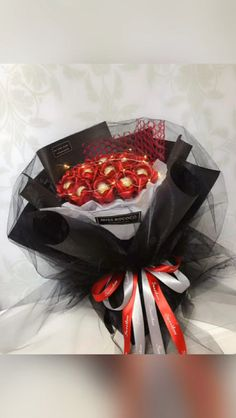 Chocolate DIY Red Rose Flower BouquetYou can find Chocolate bouquet and more on our website. Candy Bouquet Diy, Flower Bouquet Diy, Sunflower Bouquets, Rose Bouquet, Candy Flowers, Paper Flowers Diy, Diy Paper, Flower Box Gift, Gift Flowers