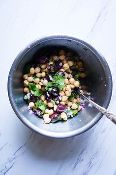 Chickpea Salad with Lemon, Tuna, and Olives. The perfect lunch for a fresh, pantry staple meal that is good on the budget and even better for you! Healthy Dessert Recipes, Healthy Snacks, Vegetarian Recipes, Cooking Recipes, Vegetarian Options, Healthy Eating, Homemade Cashew Milk, Parmesan Soup, Canning Whole Tomatoes