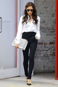Victoria Beckham Classy Look Business Casual Outfits, Professional Outfits, Office Outfits, Classy Outfits, Stylish Outfits, Fall Outfits, Fashion Outfits, Cheap Outfits, Business Style
