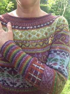 Ravelry: Project Gallery for Anastasiya pattern by Marie Wallin