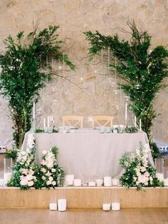 18 Fancy Wedding Decoration Ideas with Hanging Candles greenery sweetheart table wedding decoration Sweetheart Table Backdrop, Head Table Backdrop, Backdrop Ideas, Head Table Decor, Hanging Candles, Wedding Centerpieces, Hanging Wedding Decorations, Wedding Tables, Wedding Reception