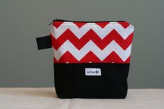 Reusable sandwich bag, reusable snack bag, ecofriendly, zippered, nylon lined, back to school - red and white chevron