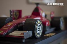 """[Cake Designer per caso]  """"Non si può descrivere la passione, la si può solo vivere."""" Enzo Ferrari"""