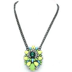 New Arrival-Paris    Green    multi   Cluster    Necklace  £12.95