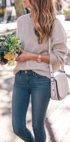 summer outfits Grey Knit + Skinny Jeans