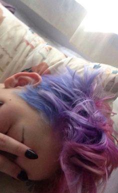 Pixie galaxy hair hair, galaxy и pixie Cut My Hair, Hair Cuts, Androgynous Hair, Galaxy Hair, Haircut And Color, Coloured Hair, Grunge Hair, Dream Hair, Crazy Hair