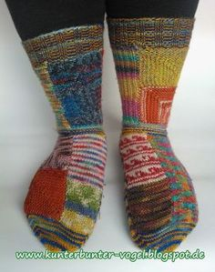 Crochet Socks, Knitting Socks, Knit Crochet, Knit Socks, Green Socks, Blue Socks, Knitting Blogs, Knitting Projects, Penguin Socks