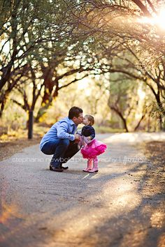 Sweet daddy/daughter moment!