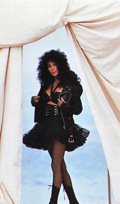 Classic Beauty, Timeless Beauty, Her Music, Good Music, Cher Costume, Cher Photos, Cher Bono, Rock Chic, Vogue Magazine
