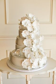 Flower Adorned Wedding Cakes Photos By Jay Qualls