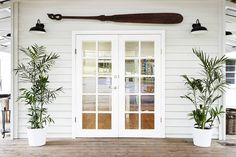 Front of House: Bencluna Byron Hinterland est 1893 in Byron Bay Hinterland Beach House Exterior, Home, Renovations, House Exterior, Weatherboard House, French Living Rooms, House Colors, House, Building A House