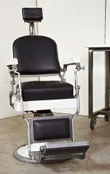 Sedia da barbiere anni 60 : Spledida sedia da barbiere originale anni 60 F.lli Zerbini Torino, usata pochissimo!