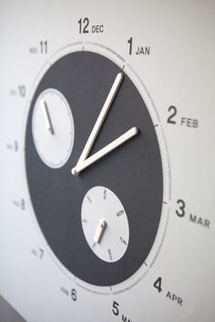 Have a Nice Year is a minimalist design created by Finland-based designer Cool Enough Studio. A calendar that is not just checking a date, representing the flow of yearly movement. Minimalist Design, Projects To Try, Arts And Crafts, Clock, Yearly, Studio, Cool Stuff, Nice, Finland