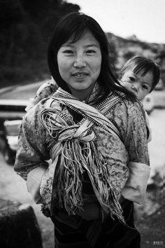 Mother and child - Bhutan by natalie-w