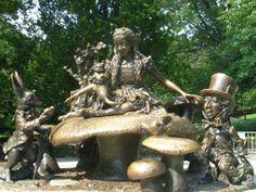 Alice in Wonderland statue, Central Park.