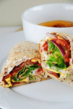 Bacon Ranch Turkey Wrap Recipe - 6 Points + - LaaLoosh -low calorie wraps, these are a Weight Watchers dream. Easy to make, and mouthwateringly delicious - Serves 4 so perfect for Healthy make-ahead lunches or For Light Summer Dinners with a side salad Ww Recipes, Lunch Recipes, Cooking Recipes, Healthy Recipes, Healthy Wraps, Recipe Tips, Simple Recipes, Cooking Games, Veggie Wraps