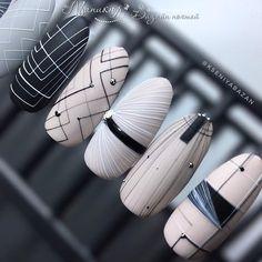 Semi-permanent varnish, false nails, patches: which manicure to choose? - My Nails Gel Nail Art, Nail Art Diy, Acrylic Nails, Nail Polish, Cute Nails, Pretty Nails, Gorgeous Nails, Hair And Nails, My Nails