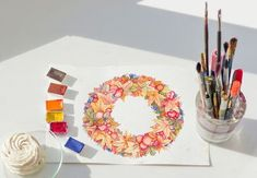 Get creative and paint your own fall wreath in shades of red, orange, yellow, green and blue. For this project, artist Elena Mozhvilo has drawn her initial design in pencil, but you could get a more free-flowing drawing by simply painting your leaves and berries onto the paper without making an initial sketch. Try doing it both ways and see which technique you prefer. Watercolor Galaxy, Easy Watercolor, Autumn Inspiration, Painting Inspiration, Autumn Feeling, Leaf Projects, Paint Run, Leaf Outline, Orange Yellow