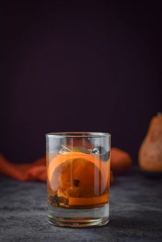This classic old fashioned cocktail recipe is so simple that you'll wonder why you haven't made it yourself! Only three ingredients, not counting the fruit, and you are on your way to an old fashioned Classic Old Fashioned Cocktail Recipe, Old Fashioned Drink, Old Fashioned Glass, Party Drinks, Fun Drinks, Beverages, Cocktail Recipes, Cocktails, Dinner Recipes