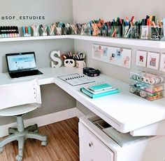 Study Room Decor, Cute Room Decor, Room Ideas Bedroom, Bedroom Girls, Diy Bedroom Decor For Teens, Trendy Bedroom, Study Rooms, Bedroom Art, Teen Study Room