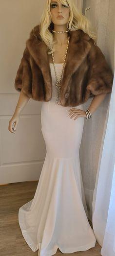Vintage Brown Mink Fur Cropped Jacket, Luxury Vintage Bridal Bolero, Winter Wedding Fur, Real Mink Vintage Glamour, Vintage Fur, Vintage Bridal, Hollywood Fashion, Old Hollywood Glamour, Vintage Winter Weddings, Winter Wedding Fur, Great Gatsby Fashion, Bridal Bolero