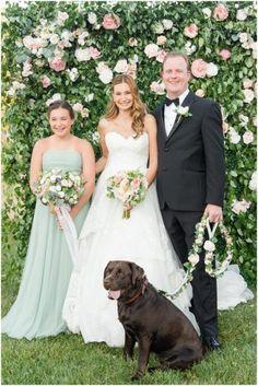 Wedding family photo with family pet dog | Marirosa Anderson - Latinx Wedding Photographer