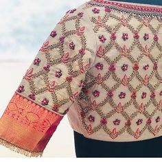 Embroidery for classy lovers Pattu Saree Blouse Designs, Simple Blouse Designs, Stylish Blouse Design, Fancy Blouse Designs, Bridal Blouse Designs, Blouse Neck Designs, Amy Jackson, Fitness Workouts, Tumble N Dry