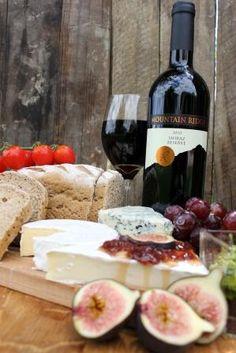 Mountain Ridge Wines