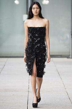 Iris van Herpen Spring/Summer 2015 Ready-To-Wear Paris Fashion Week