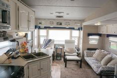35 Beautiful Rv Remodel Camper Interior Ideas For Holiday, There are a few pretty simple strategies to produce your camper feel a bit more like home. A camper is something that you are able to make your own. Rv Interior Remodel, Camper Interior, Home Renovation, Home Remodeling, Interior Doors, Rv Living, Living Room Decor, Small Living, Home Improvement Loans