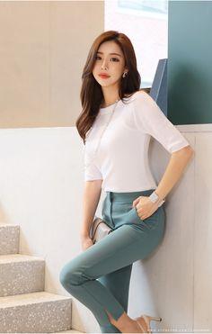 Office Look Frauen Korea – Mode Outfits Korean Fashion Trends, Korean Street Fashion, Korea Fashion, Asian Fashion, Korean Outfits, Mode Outfits, Fashion Outfits, Womens Fashion, Fashion Tips