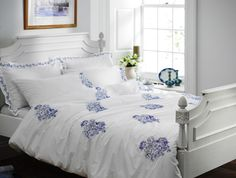 Helena Springfield Toile Duvet Cover and Pillowcases. Beautiful blue embroidery across the crisp 200 count cotton percale duvet cover.