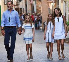 The Spanish royal family visit Can Prunera Museum