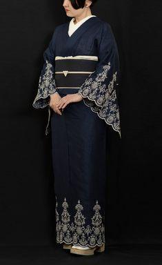 Kimono Outfit, Kimono Fashion, Kimono Top, Geisha Art, Kimono Design, Traditional Kimono, Turning Japanese, Japanese Outfits, Yukata