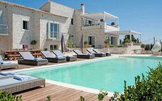 Our experts' pick of the top 10 self-catering and villa holidays in Greece for   2015.
