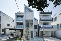 Japanese Modern House, Beam Structure, Post And Beam, Architect House, Patio, Townhouse, Living Spaces, Floor Plans, House Design