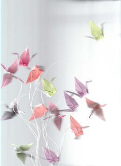 Paper Cranes 1 by on DeviantArt Origami Cranes, Paper Cranes, Origami Love, Diy Origami, Diy Ideas, Craft Ideas, Hani, Wedding Pins, Science Nature